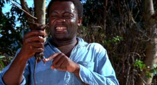 Yaphet Kotto dials rat for terror in Bone
