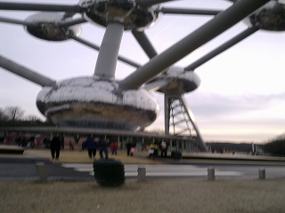 This is what happens when you take a picture of the Atomium on your cameraphone, but accidentally tilt it downwards halfway through the exposure.