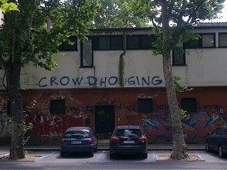Ah, Bologna. They can even find classier ways to describe squatting.