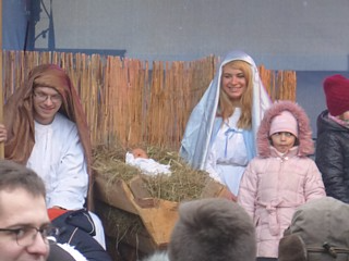 The traditional tableau for Christmas Day: Jesus, Mary, Joseph, and Little Girl Who Doesn't Know What The Hell's Going On (the parka was a present from my sister, who actually said upfront 'you might want to open this one before you go on holiday' - and she was right, it's fabulously warm and kept me toasty all through the freezing temperatures in Poland)