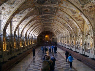 The Antiquarium in the Munich Residenz. Told you it was good.