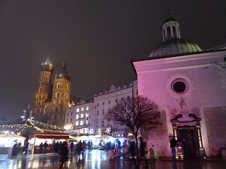 Polish old town squares at Christmas #2: Krakow (all pictures on this page taken by The Belated Birthday Girl, because I got a new parka for Christmas)