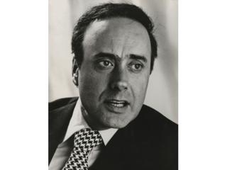Why are there so few landscape format pictures of Victor Spinetti on the web? Eh?
