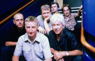 Billy Bragg, accompanied by his Blokes, even though none of them actually play with him on this song